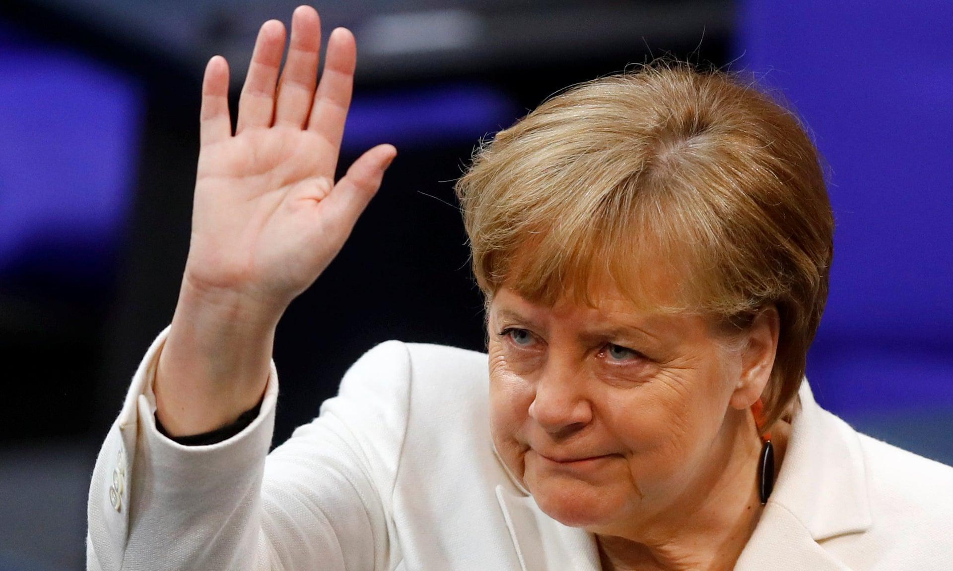Merkel Tschus