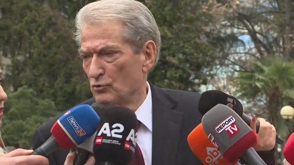 DASH për Berishën: Ka kryer korrupsion kur ishte kryeministër dhe po përpiqet të mbrojë veten dhe familjarët