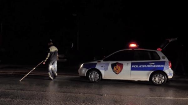 auto policia naten aksident 933x4451551987267 600x338