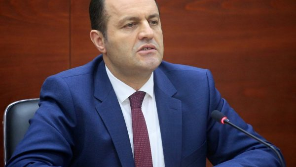 U dënua me 2 vite burg, Gjykata e Posaçme e Apelit cakton seancën ndaj Adriatik Llallës