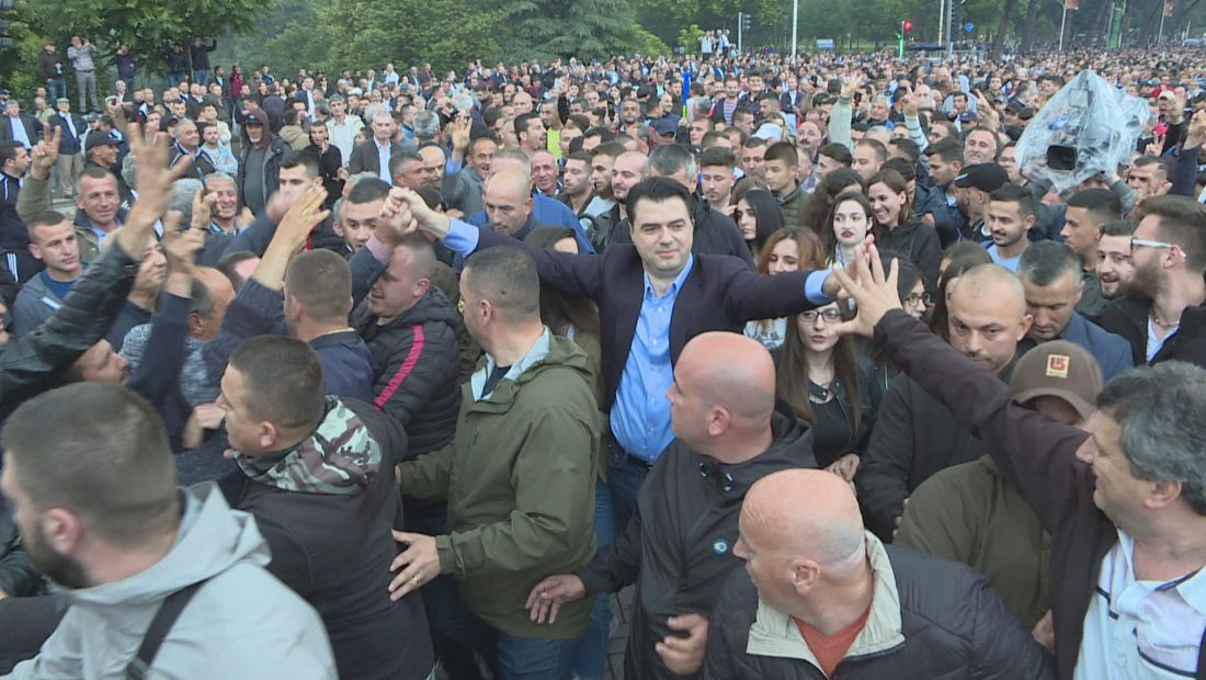 basha proteste 1100x620