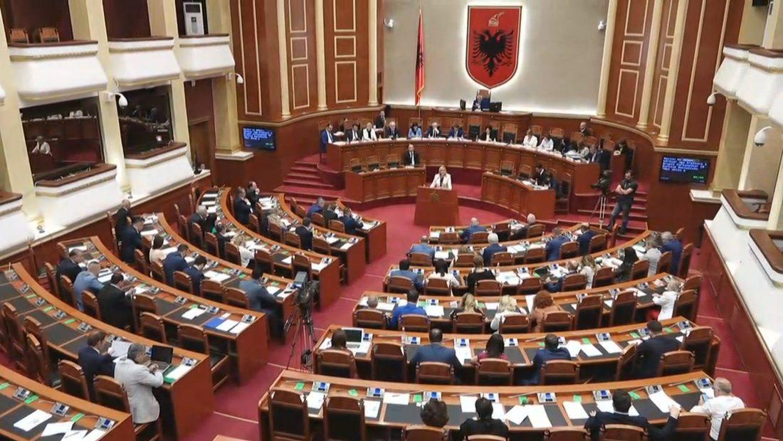 parlamenti 1100x620