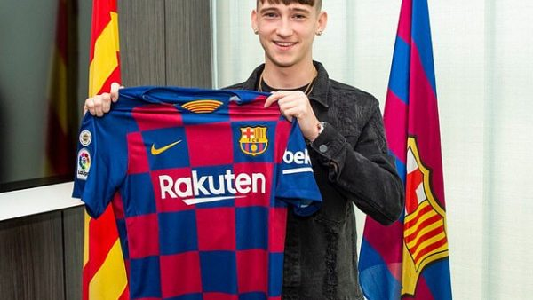 15913578 7236629 Louie Barry signed for Barcelona after rejecting a professional  m 38 1562846204382 600x338
