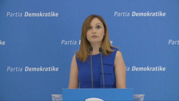 Mbështetja për ekonominë, Tabaku: Qeveria gënjen për shifrat, vjedh taksat e shqiptarëve