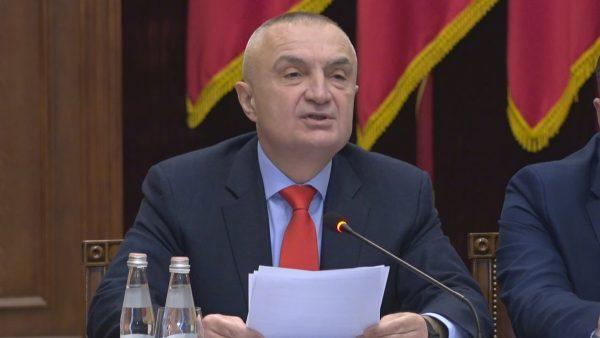 Alarmi për koronavirusin, presidenti Meta del me apelin e fortë publik