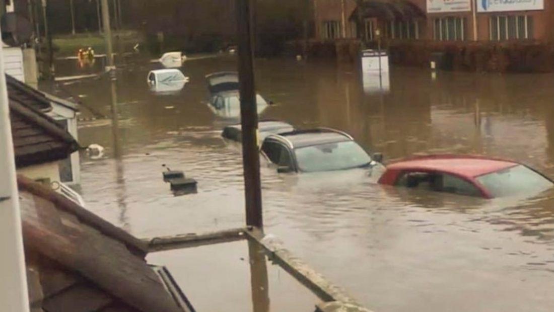 Moti i keq Britani Ciara permbytje rreshqitje dherash shi bore 1100x620
