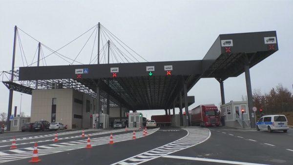 Koronavirusi, mbyllet për 14 ditë kufiri me Kosovën