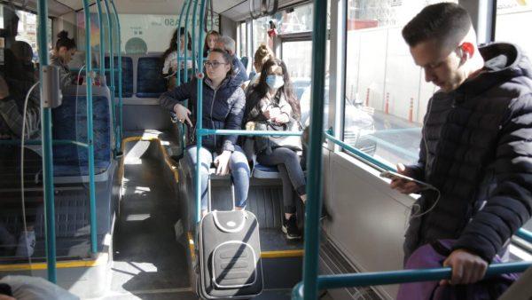 Koronavirusi, pezullohet pa afat transporti publik në Tiranë