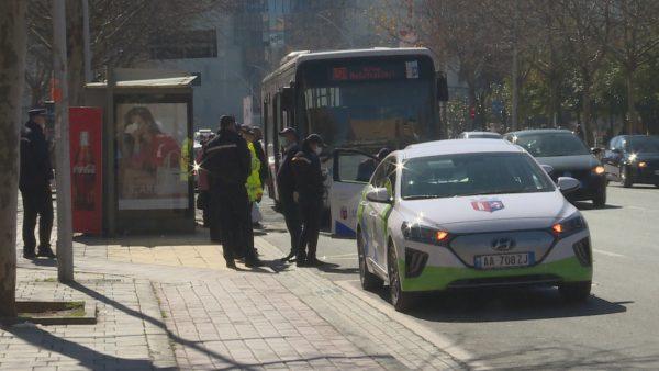 Trafik në Tiranë pas ndalimit të autobusëve