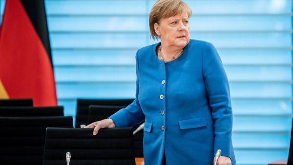 Gjermani, Angela Merkel del negative nga testimi për COVID-19