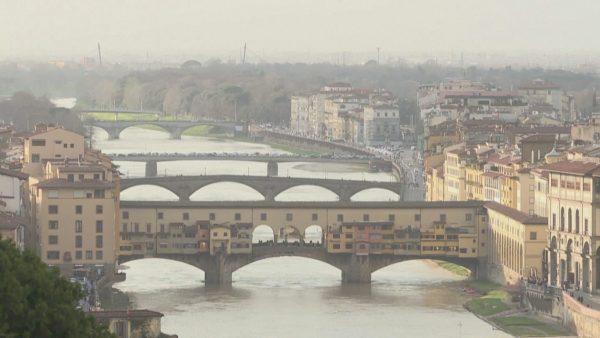1266 viktima në Itali, mbyllen parqet dhe këndet e lojërave