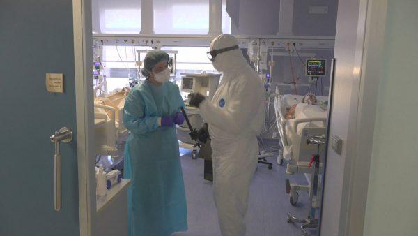 Koronavirusi në Itali, pritet reduktim i shifrave. 21 mjekë mes viktimave