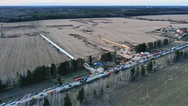 Nuk deklarojnë të vdekur, por rusët po ndërtojnë një spital gjigant për COVID-19