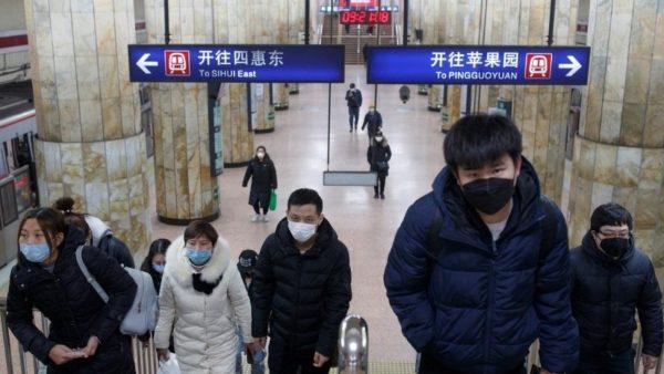 Rikthehet jeta në Wuhan