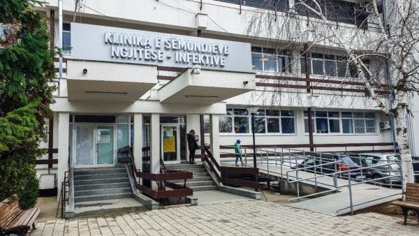 Kosovë, 83 persona të tjerë të prekur me Covid-19