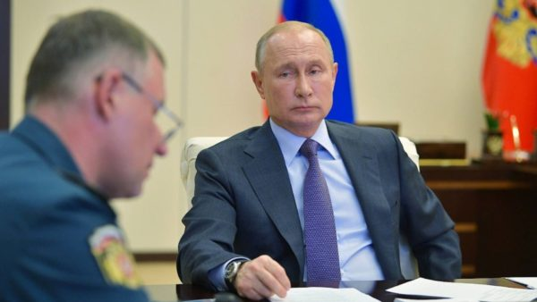 Rusia zgjat izolimin, Putin: Piku i përhapjes së COVID-19 s'është arritur ende