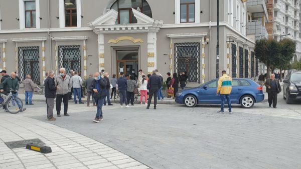 7 raste të reja me koronavirus në Vlorë, infektohet dhe juristi i Universitetit të Elbasanit