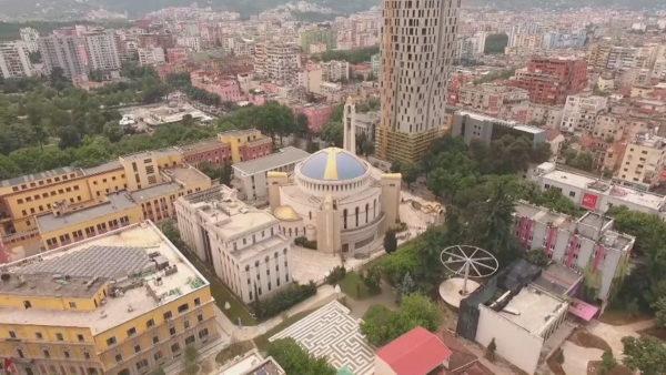 Banka Botërore, pandemia varfëron shqiptarët, niveli mund të arrijë në 43.6%