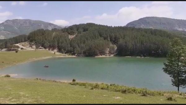 "Një ""Zvicër e vogël"" afër Elbasanit, por mungon infrastruktura"