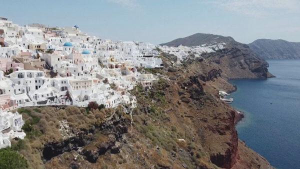 Greqia çel sezonin më 15 qershor, ul çmimet e transportit, nuk ka karantinim për turistët