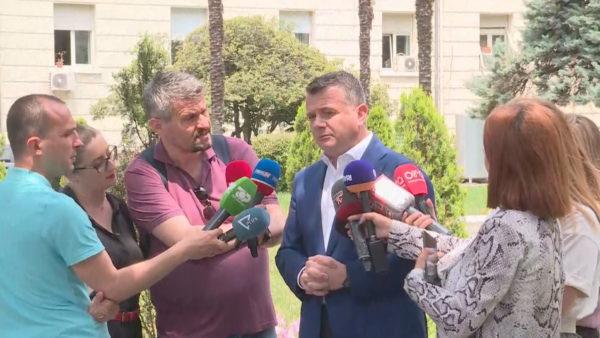 """Tensionet për teatrin, Balla: Çështjet komunale të mos kushtëzojnë """"zgjedhoren"""""""