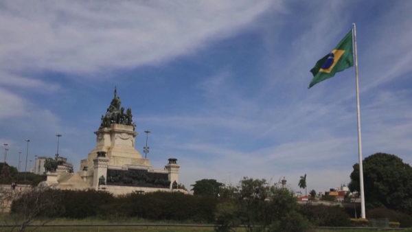 Rekord rastesh me Covid-19, SHBA pezullon udhëtimet nga Brazili