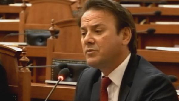 Hetim parlamentar për Teatrin, opozita përplasje me mazhorancën për shembjen e godinës