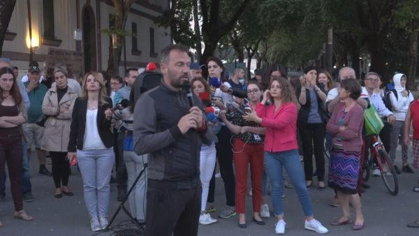 Vetëm Aleanca në protestën surprizë në Tiranë. Sot, protestë në Shkodër