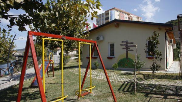 Edukatorja me Covid-19, mbyllet kopshti në Lezhë