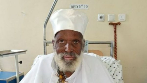 Është më shumë se 100 vjeç, por fiton betejën me koronavirusin