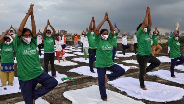 Pandemia e Covid-19 në botë, rritje rekord e rasteve në Brazil, SHBA dhe Indi
