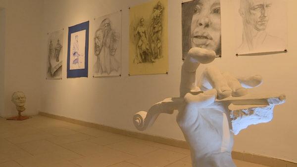 Pandemia sipas studentëve, ekspozita më e re në kryeqytet
