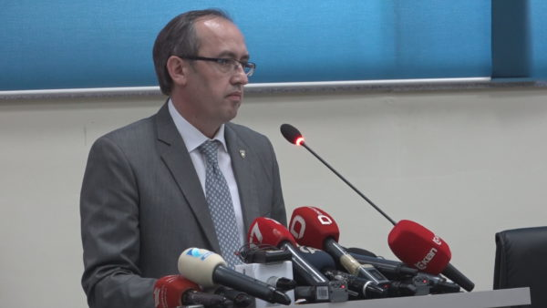 Dialogu me Serbinë, Hoti: Delegacionin e Kosovës e drejton kryeministri