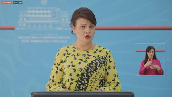 Ministria e Shëndetësisë: Dy viktima të tjera dhe 72 raste të reja me koronavirus