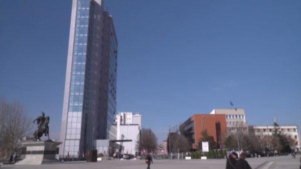 Kosova rihap kufijtë tokësor, hapen çerdhet, qendrat tregtare e kafenetë
