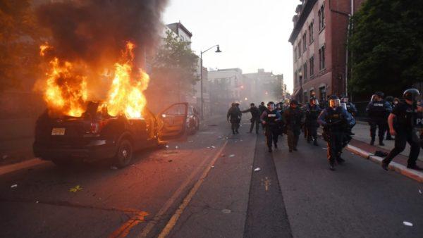 Amerika në flakë, tjetër natë dhune, Garda Kombëtare në 15 shtete