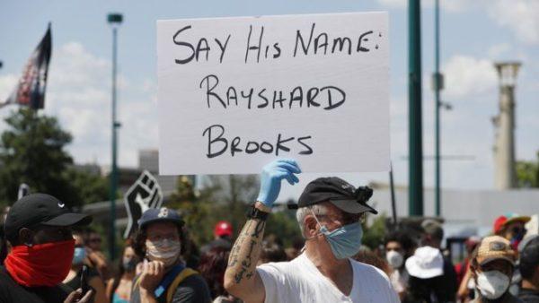 Vrasja e Rayshard Brooks, dorëhiqet shefja e Policisë së Atlantës