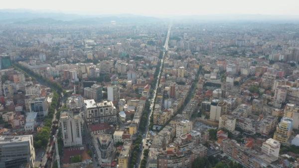 Paketa e rimëkëmbjes, ekspertët: Ndihmë direkte për bizneset dhe qytetarët