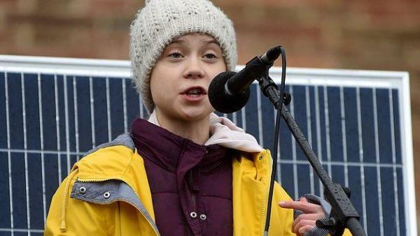 Thunberg: Ndryshimi klimaterik, po aq kërcënues sa koronavirusi