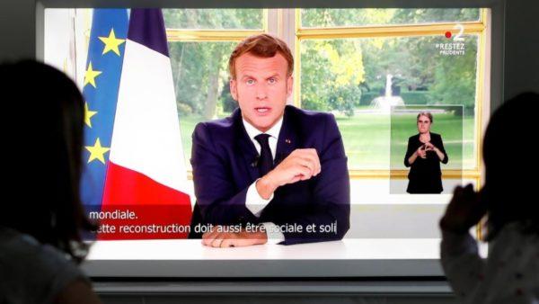 Macron i drejtohet francezëve: Nuk e fshijmë historinë tonë, një betejë e drejtë nuk tradhtohet nga urrejtja