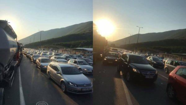 Fluks në Morinë, dyndje drejt plazheve shqiptare