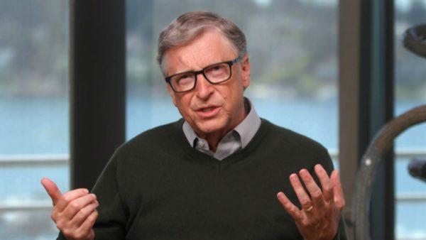 Bill Gates akordon 150 milionë dollarë që vaksina të shkojë dhe për të pamundurit