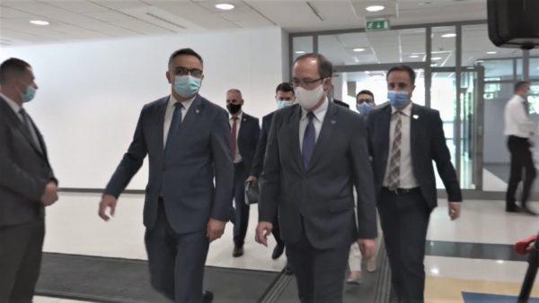 Rekord rastesh në Kosovë, 214 infektime në 24 orë, Hoti: Duhet ndërgjegjësim