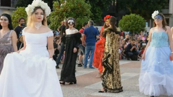 Karnavalet e Korçës, kostumet shumëngjyrëshe çelin sezonin e festave