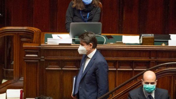 """Pandemia, kryeministri italian kërkon shtyrjen e gjendjes së jashtëzakonshme, """"e pashmangshme"""""""
