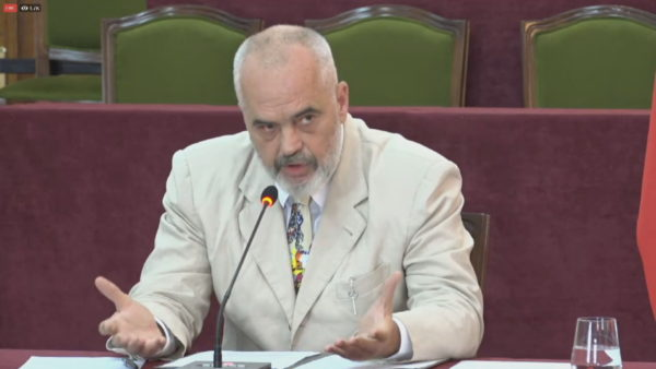 """Kriza në Bjellorusi, Rama: Në Minsk, OSBE nuk shkon për """"selfie"""" në protestë"""