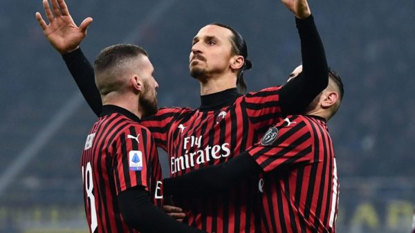 """""""40-vjeçari"""" Ibrahimovic kërkon të luajë në Champions me Milanin"""