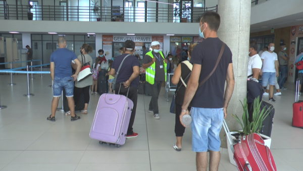 Kthimi i emigrantëve, pak informacion edhe për procedurat në Itali