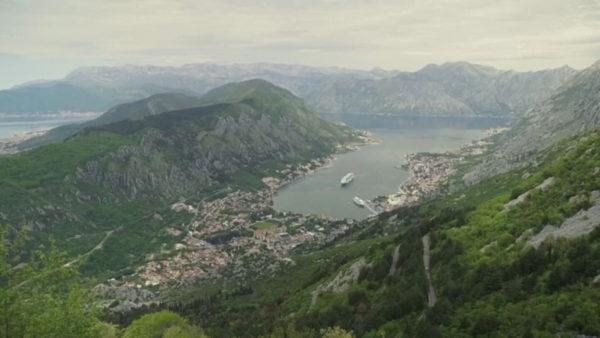 Mali i Zi kufizon hyrjet, shqiptarëve do t'u kërkohen dy teste