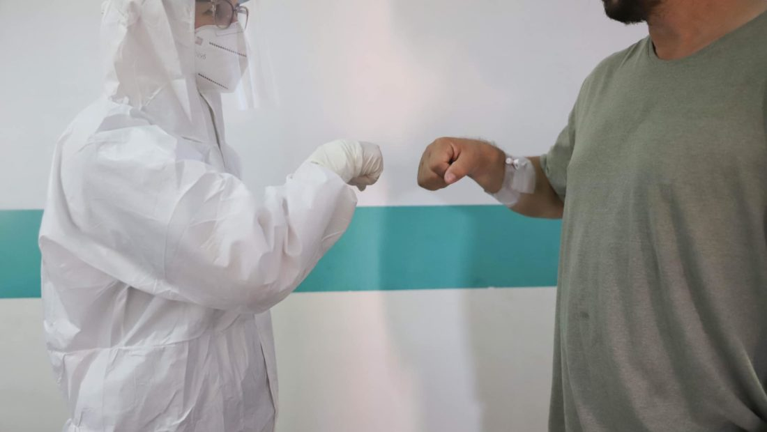 koronavirusi ne shqiperi 1 1100x620
